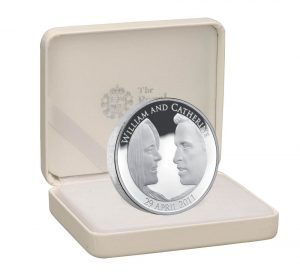 uk11rwpf  royal wedding uk  5 silver piedfort right 2 300x277 - UK11RWPF-_Royal_Wedding_UK__5_Silver_Piedfort_Right_2